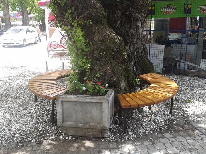 Постављене клупе код бране на Морави